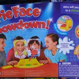 雙人砸派機 pieface