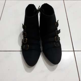 Endorse Ankle boot (black)