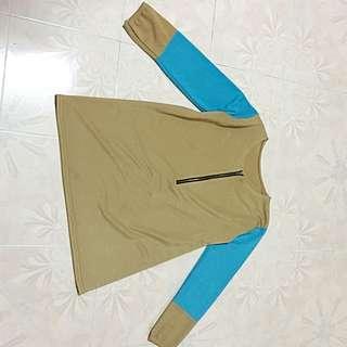 Beige top / blouse