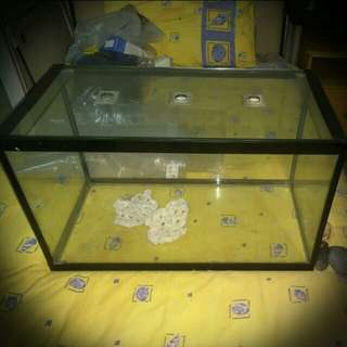 2x1ft Glass tank with glass ventilation Top Cover