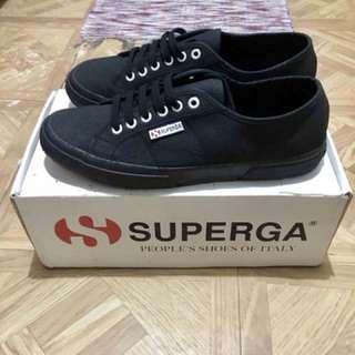 Original Superga (black)