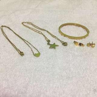 Bundles necklace,bracelet and earings