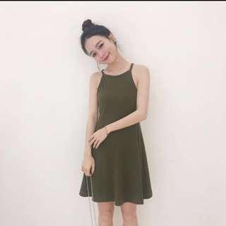 lf/wtb: halter neck dress