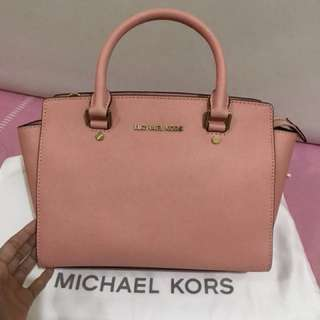 AUTHENTIC MICHAEL KORS SELMA