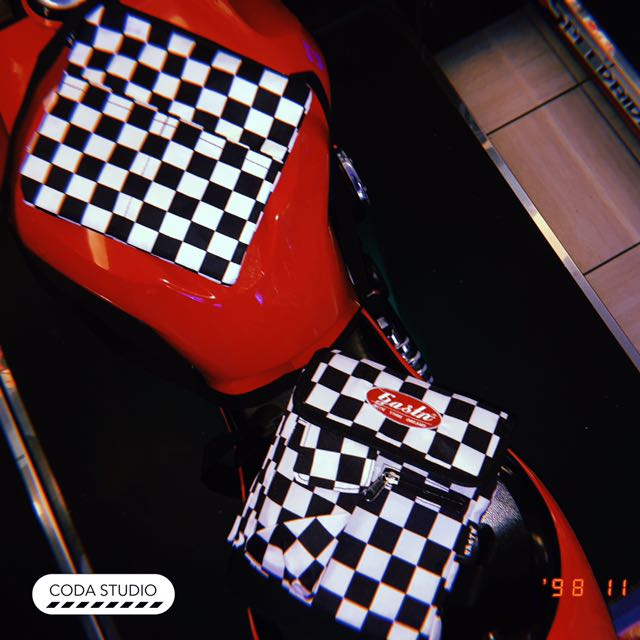 90s checkerboard bag