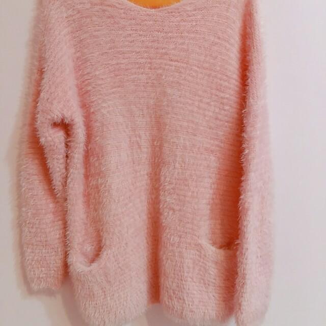 粉嫩色系寬鬆毛衣