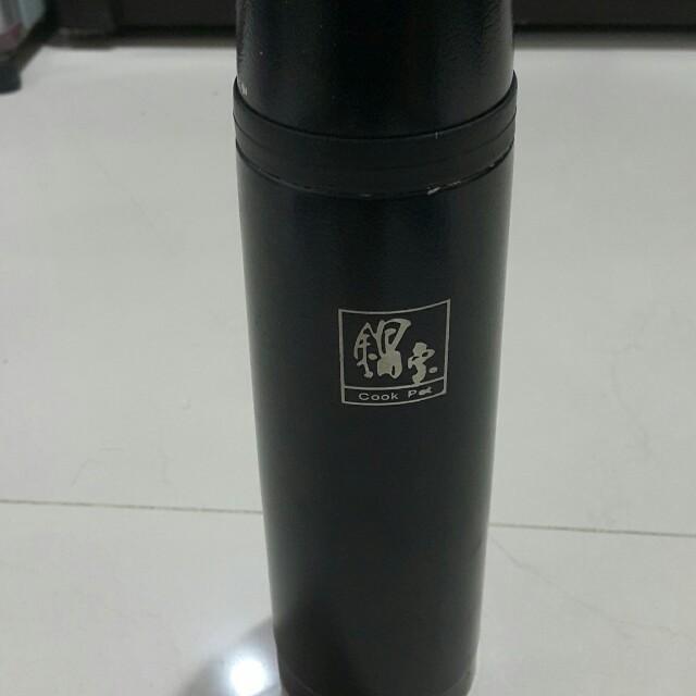 時尚黑高級保溫瓶