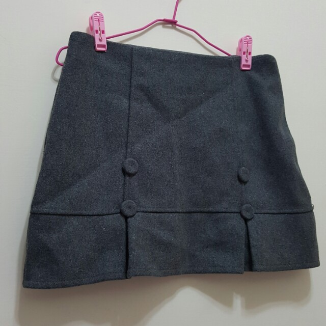 灰色扣子造型毛呢 短裙