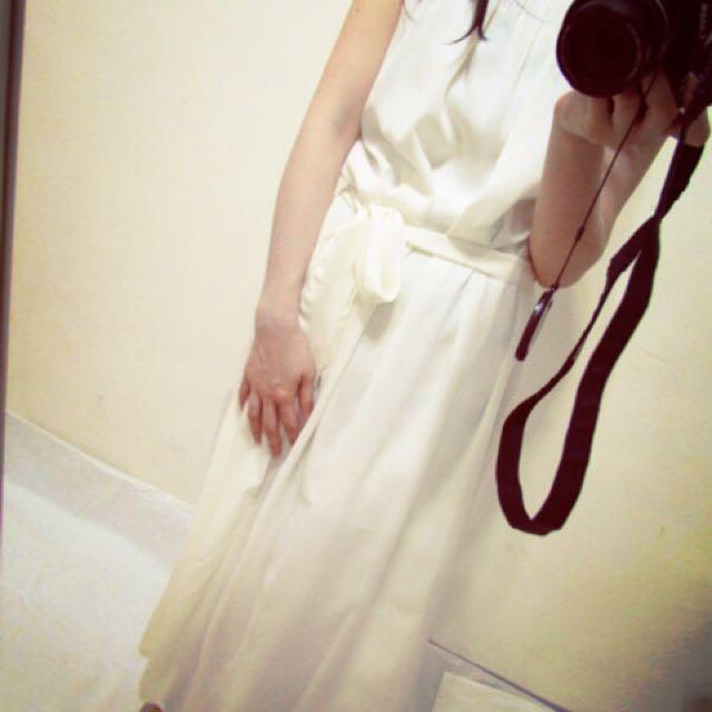 白色 雪紡 長洋裝 無袖 抓皺