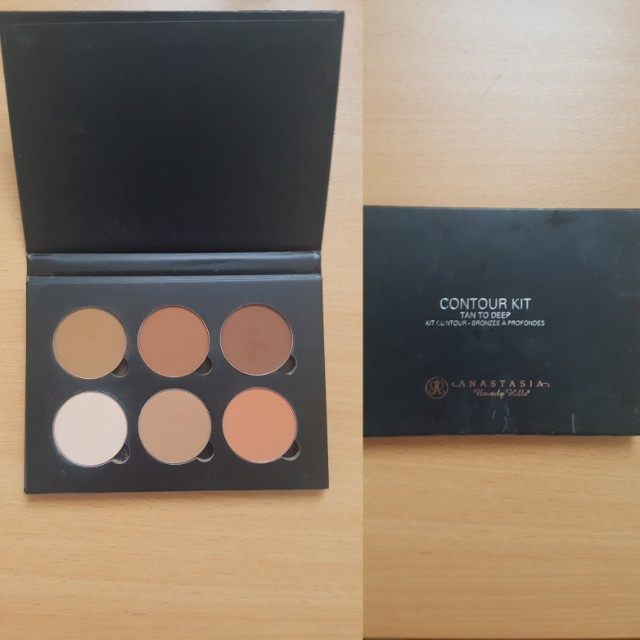 Anastasia Beverly Hills Contour Kit- Tan
