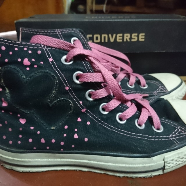authentic Converse chuck