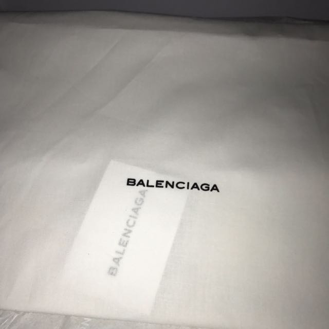 balenciaga triple s mens sale