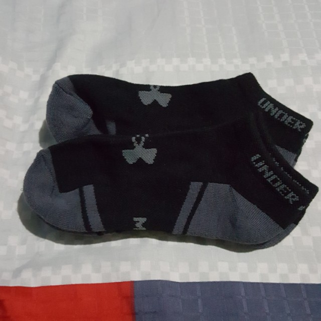BN Medium Under Armour Resistor Lo Cut Sock