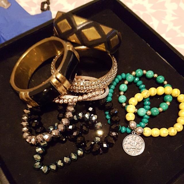 Bulk jewellery pieces
