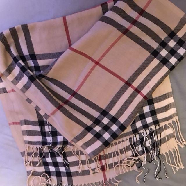 Burberry-like scarf