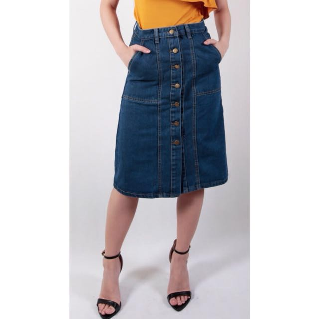 Buttown-down Knee-length (Midi) Denim Skirt