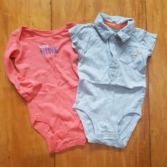 CARTERS ONESIES FOR 6-9 MOS