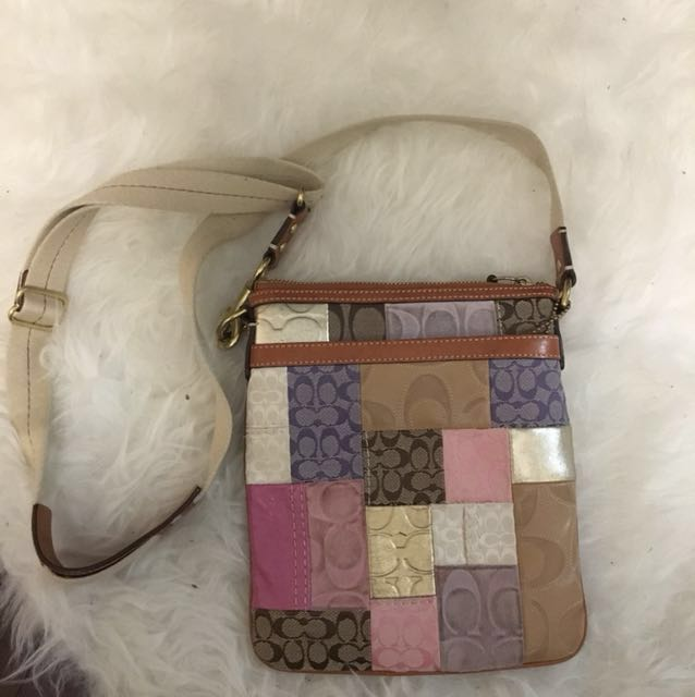 Early Style Patch Coach Crossbody
