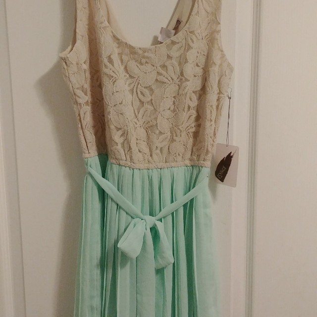 Forever 21 lace/chiffon dress S/P