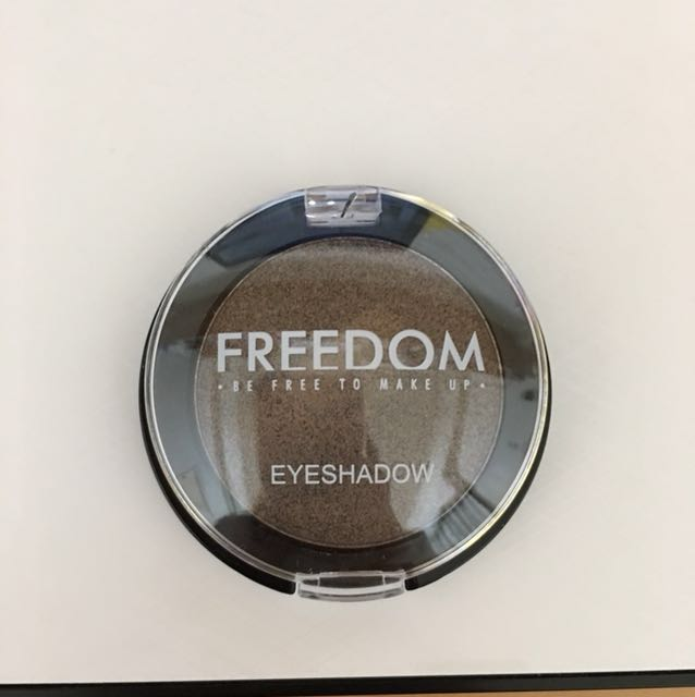 Freedom 眼影 nude208 #我的彩妝可超取