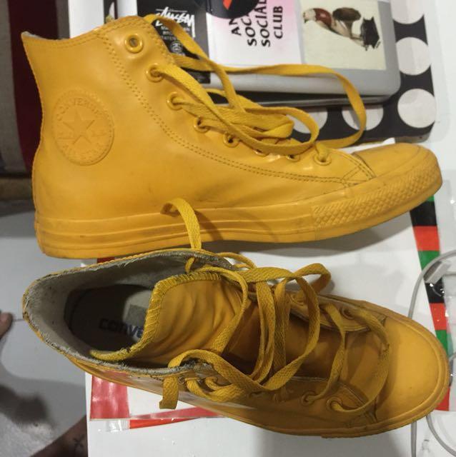 #GARASIJONISALE - Converse - Rubber Shoes