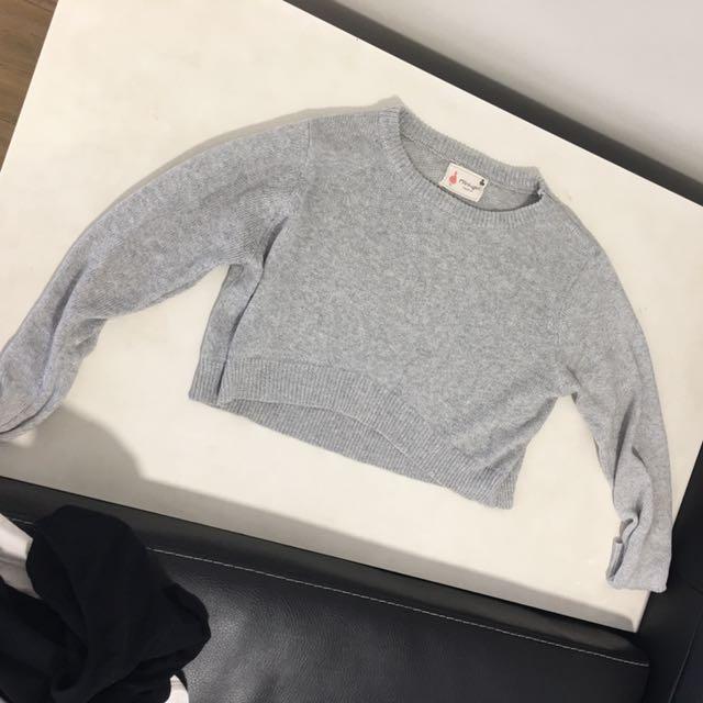 Grey knit croptop