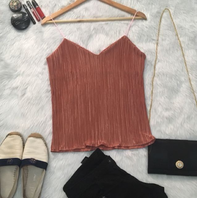 Hq NUDE PLEATED CAMI TOP