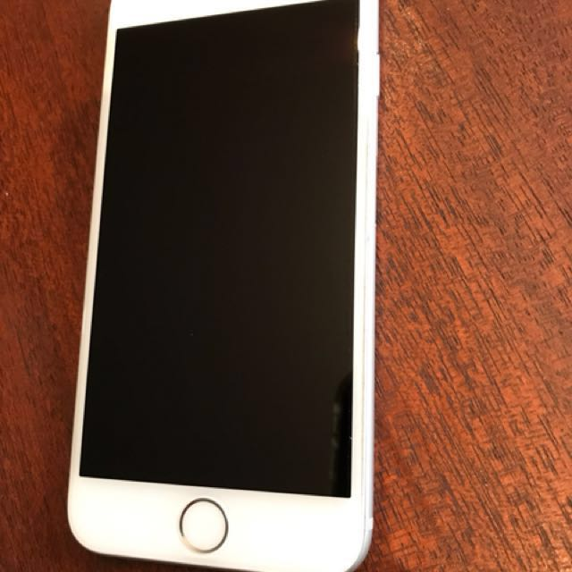iPhone 6 64GB (selling 2)