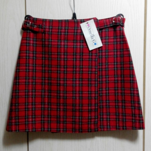 意大利紅格仔靚絨短裙(Italy made wool knitted skirt)