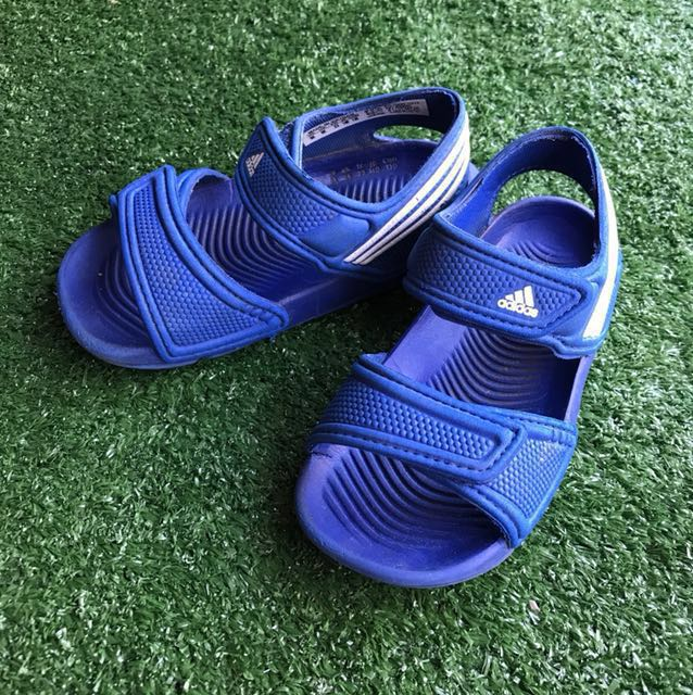 3eee93042d4d01 Kids Adidas Akwah 9 Sandals - Authentic on Carousell