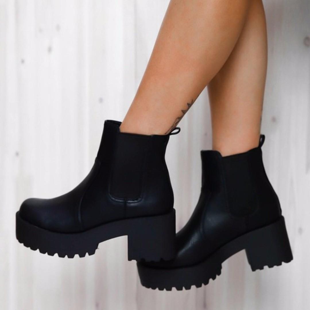 Lipstik Eamon Boots Black 7
