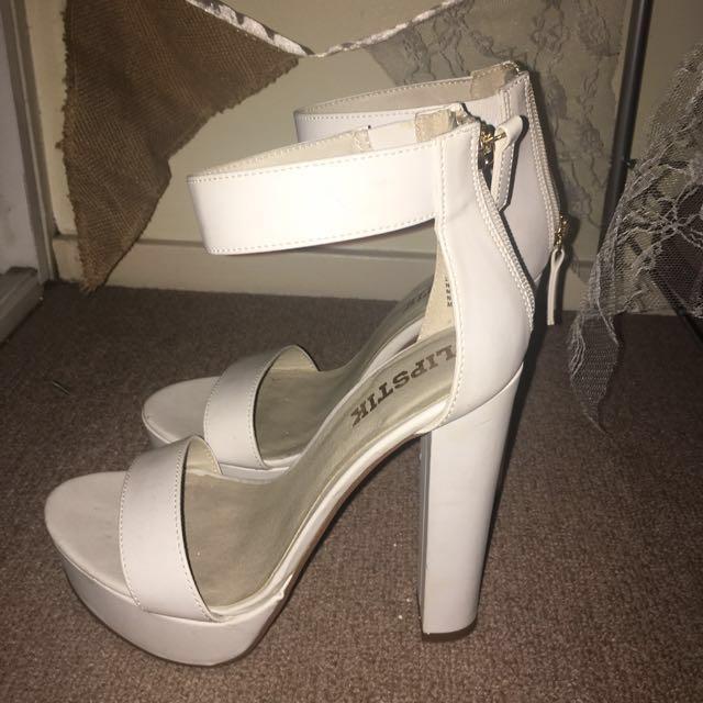 LIPSTIK white heels: 6