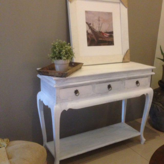 Meja consule kayu jati cat putih