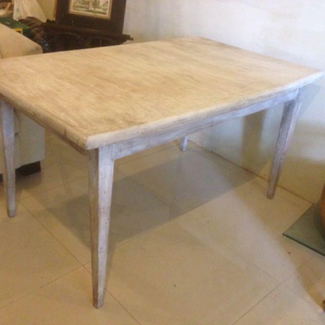 Meja makan kayu jati cat putih