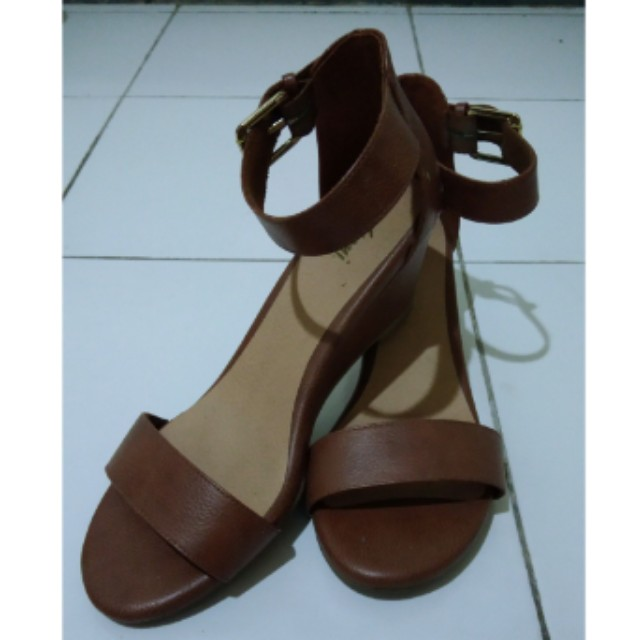 Payless wedges by Fioni