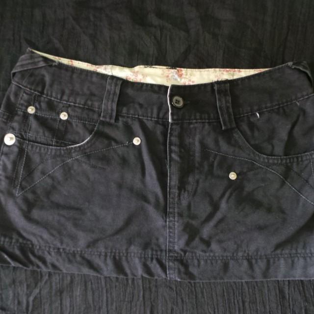 Preloved Mini skirt