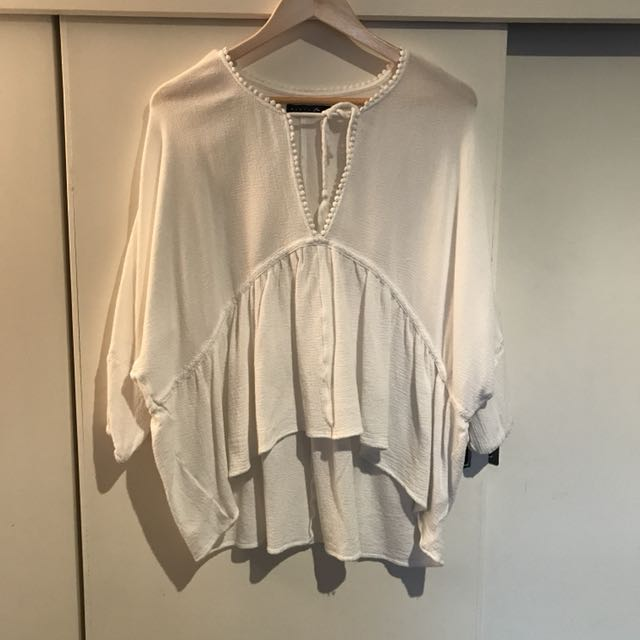 Rusty white flowing top