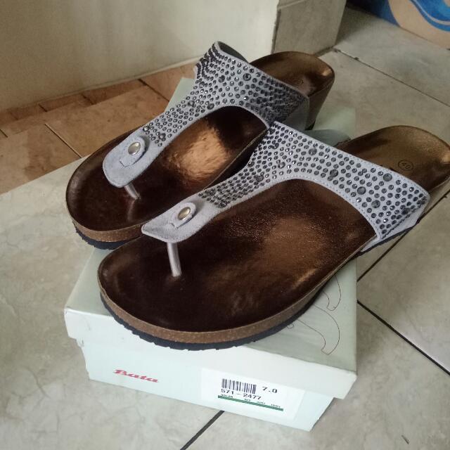 Sandal Bata Grey
