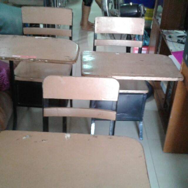 School armchair