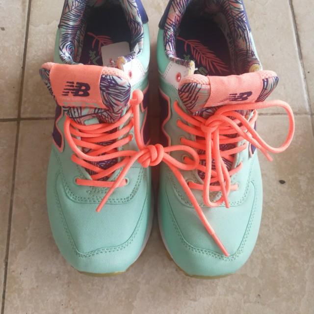 Sneaker sport shoe