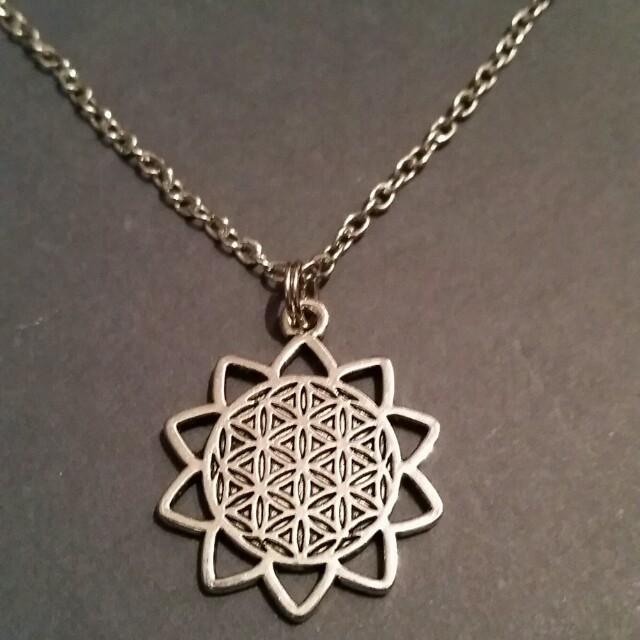 Sunflower 🌻 Necklace
