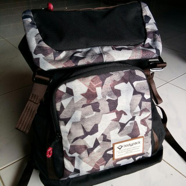 Tas Merk Bodypack Original