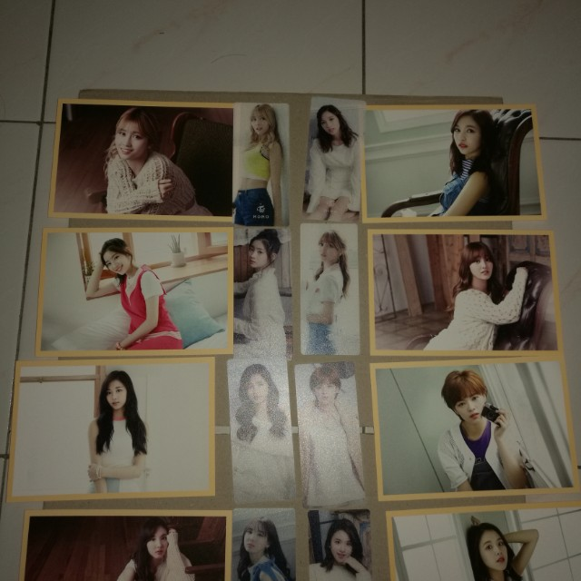 Twice sg limited member set sell