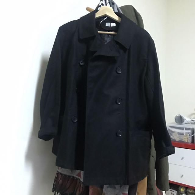 UNIQLO雙排釦短大衣