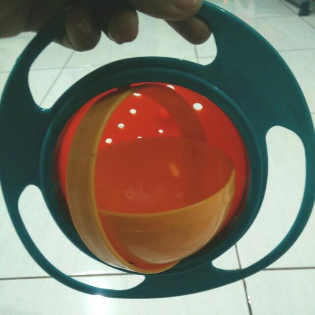 Universal Gyro Bowl (mangkuk anti tumpah)