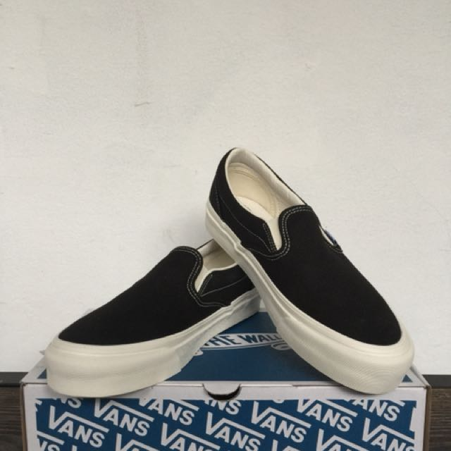 584e8d602b74b8 Vans slip on og lx black white