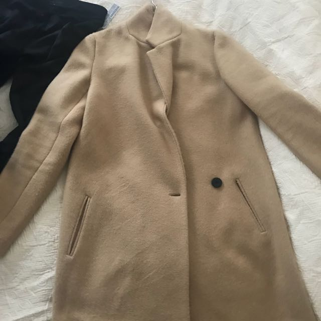 Zara Camel Coat in XS (oversized)
