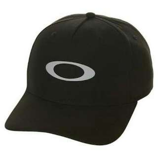 OAKLEY CAP WITH BEATS HEADPHONE
