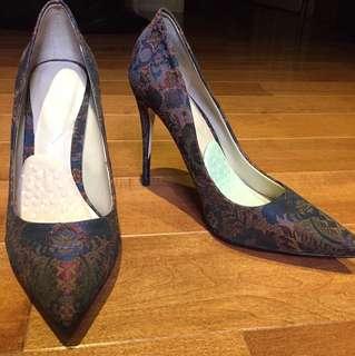 Aldo Vintage Stessy Heels