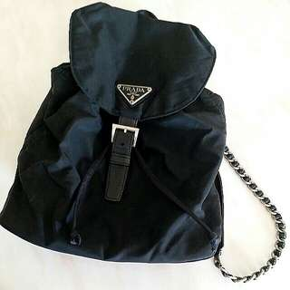 絕版款 Prada chain backpack 銀鏈背囊 (價錢反映新舊) 100%real 全場銀鏈背包中最平,一樣款賣緊$2888至$3499